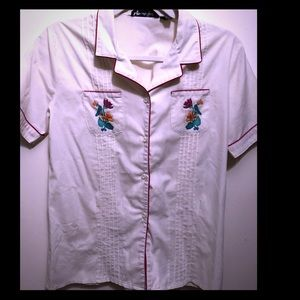 Tops - Vintage button up Short sleeve top